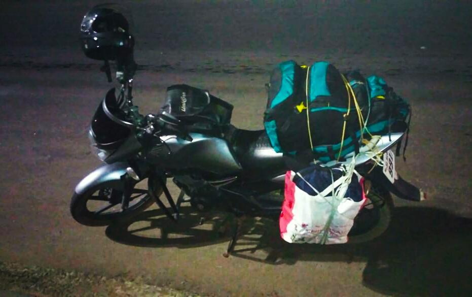 travelling-by-bike-from-Chennai-to-Kerala-during-coronavirus-lockdown