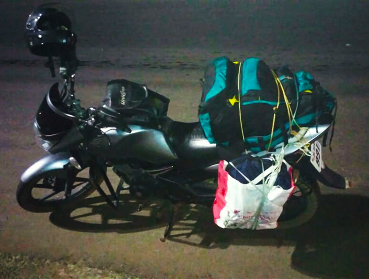 travellinf-by-bike-from-chennai-to-kerala-during-covid19-lockdown